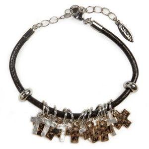 ✨NEW✨ Demdaco Cross Giving Bracelet
